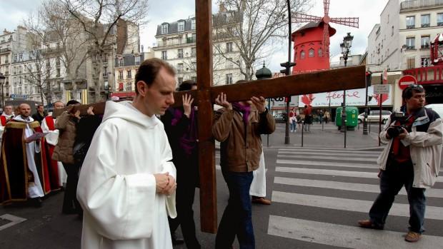 chemin_croix_paris