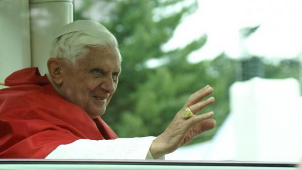 Benoît XVI messe à Lourdes