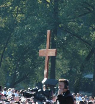 Messe à Lourdes le 14 septembre avec Benoît XVI