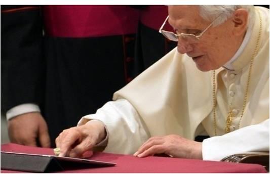 pape sur twitter premier tweet du pape le 12 decembre 2012